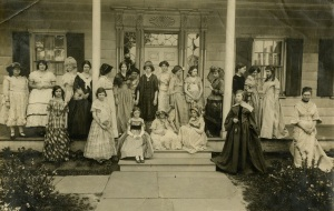 Historic reenactors at Lefferts House, Prospect Park (1938)