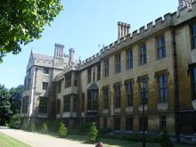 300px-Lambeth_Palace_London_-_geograph.org.uk_-_1092465